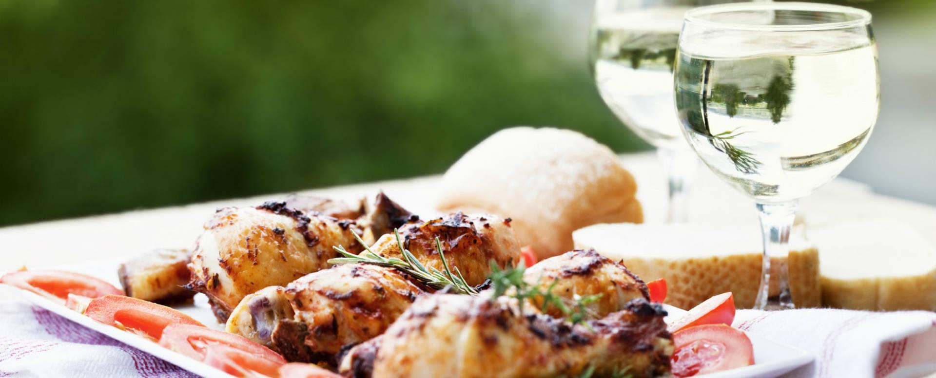 Enjoy a meal at Hotel Het Witte Veen